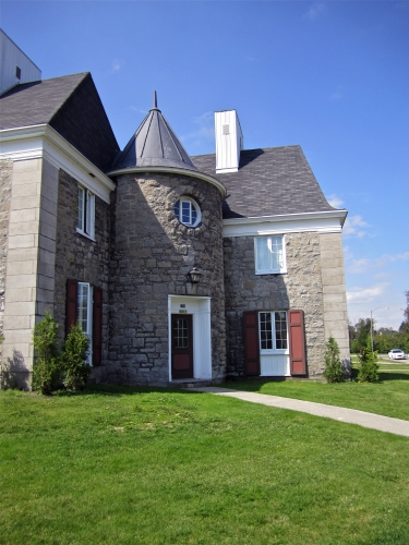 Britanny Row, Manoir du Saguenay, Arvida, appartements