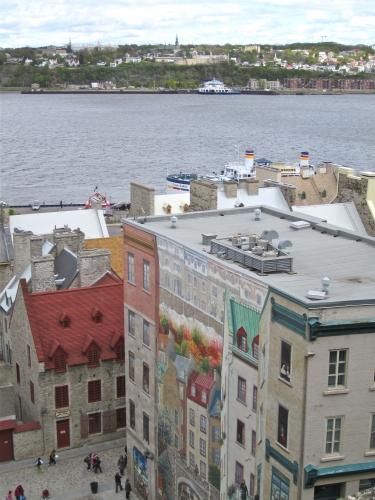 québec,vieux québec,murale des québécois,petit-champlain,notre-dame des victoires