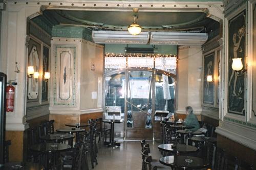 cafOpera.jpg