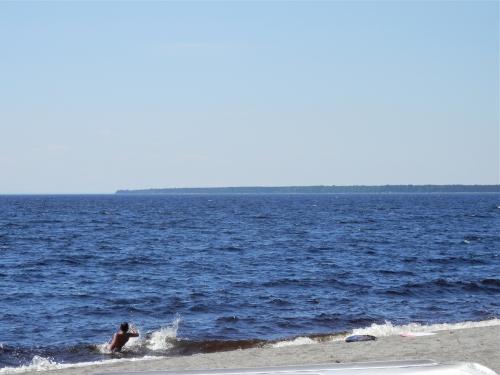 Lac Saint-Jean, St-Henri de Taillon, plage Wilson, mer intérieure, chalet