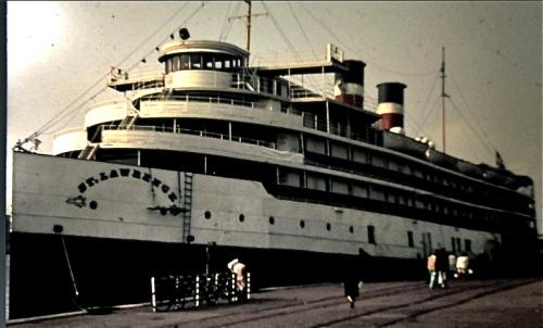 tadoussac,richelieu,st-lawrence,québec,incendie,copenhague,Émirats,canada steamship lines